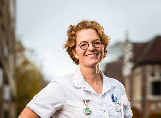 """Wijkverpleegkundige Maaike Strikwerda: """"De dankbaarheid van cliënten houdt mij op de been''"""